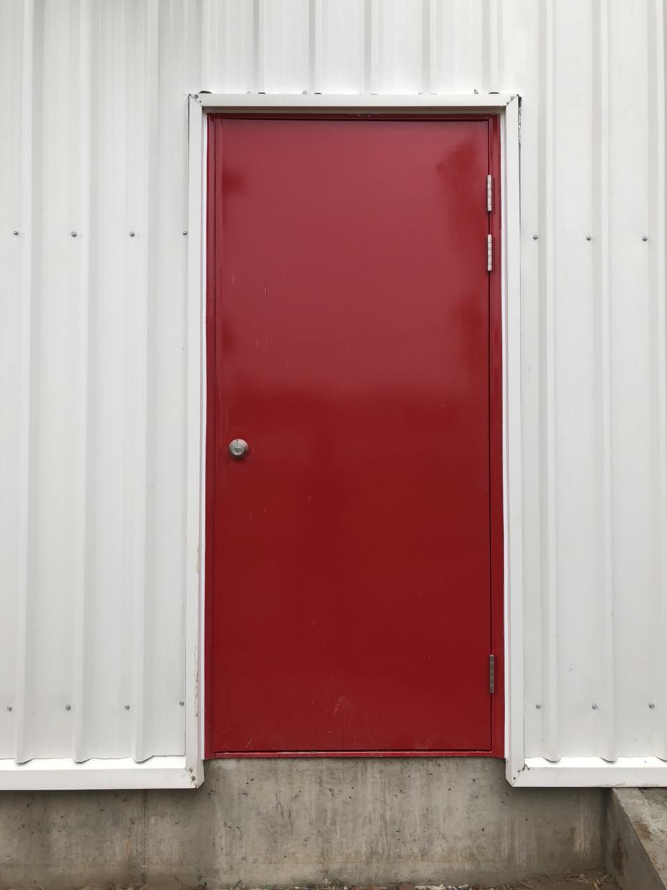 Màu sắc cửa chống cháy cũng quan trọng không kém