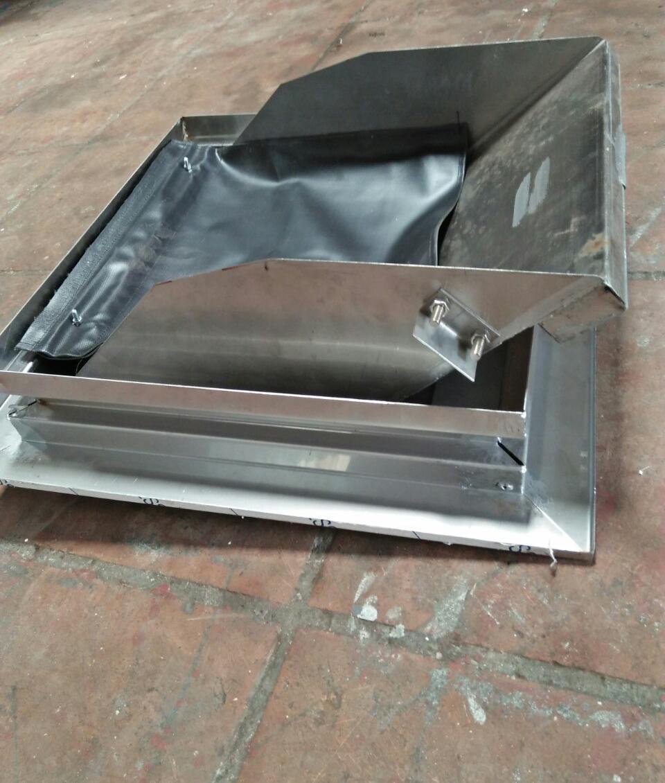 Cửa đổ rác là bộ phận không thể thiếu trong hệ thống thu rác hiện nay