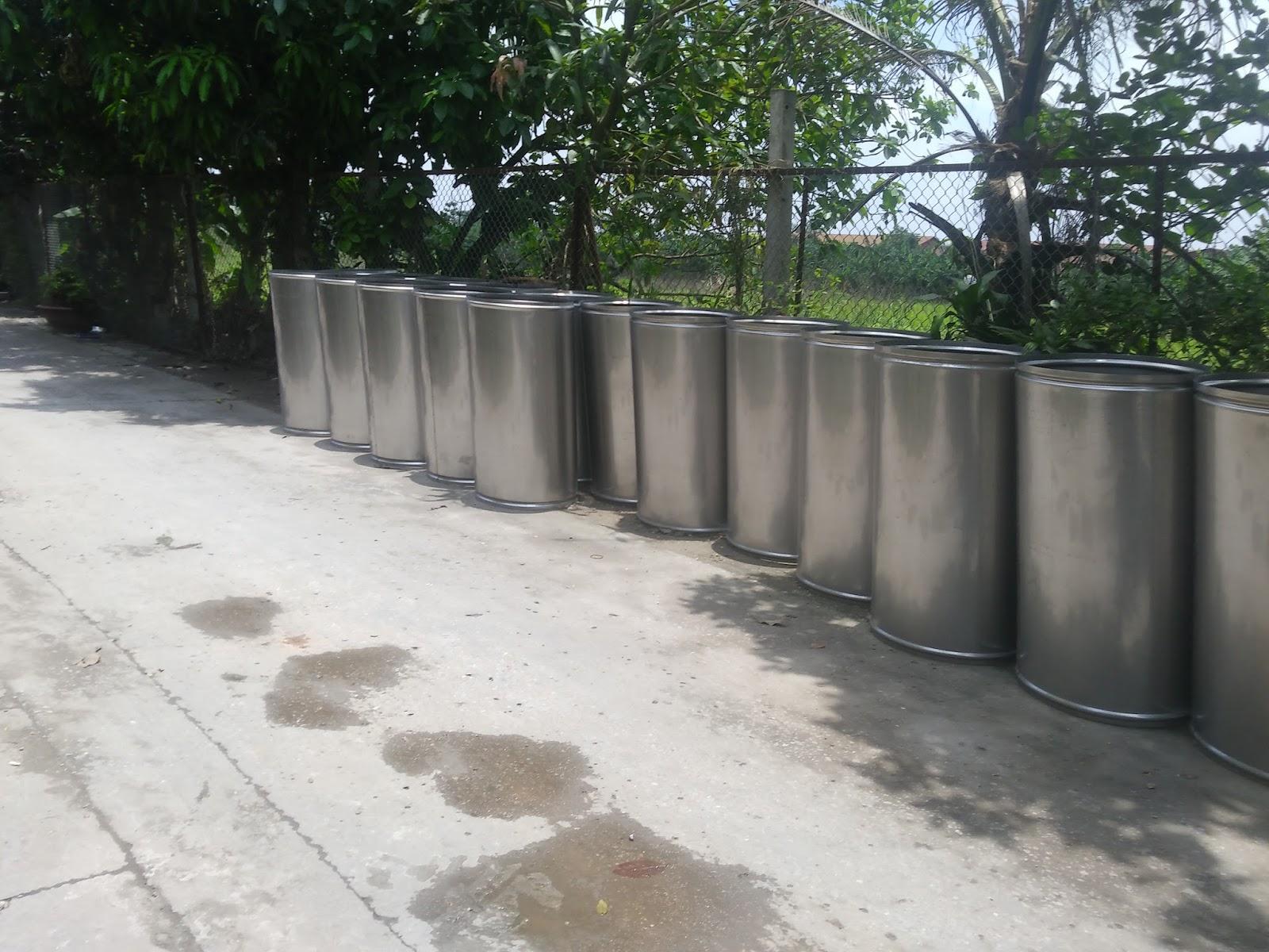 Ống thoát rác được làm từ vật liệu inox với nhiều tính năng vượt trội