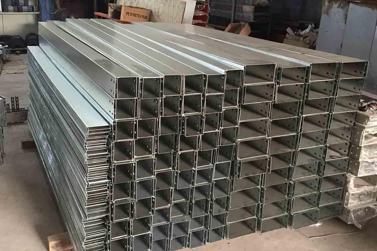 Sơn Việt cung cấp sản phẩm thang máng cáp uy tín, chất lượng tại Hà Nội